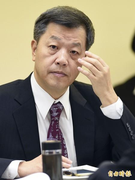 勞動部長陳雄文昨表示,引進白領外勞的規定將鬆綁,希望修正不合時宜的限制,吸引更多專業人才來台。(記者陳志曲攝)