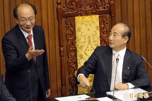 王金平、柯建銘交情不錯,常常會討論一些法案。(資料照,記者陳志曲攝)