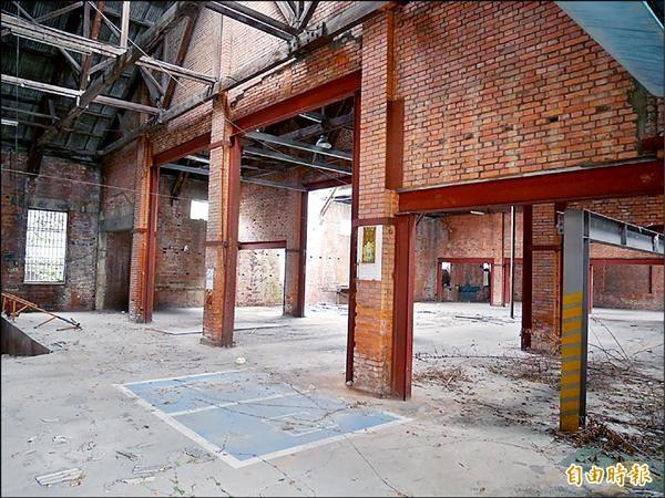 緊鄰桃園火車站的「桃園車站舊倉庫群」具有79年的歷史。(記者林近攝)