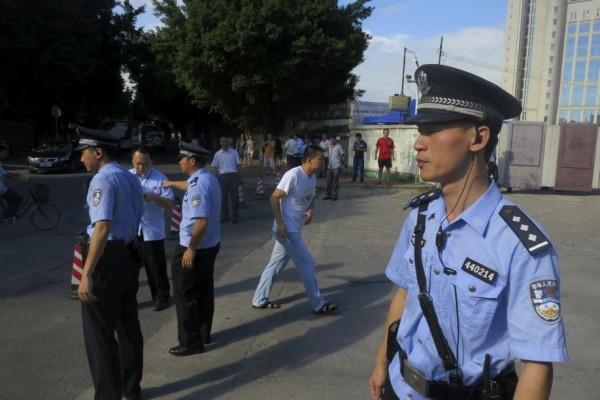 上(11)月底,香港律政司司長表示,將容許中國安全官員在香港執法;此消息一出,引發香港民眾強烈批評,更有人質疑此做法損害「一國兩制」的原則。(路透)