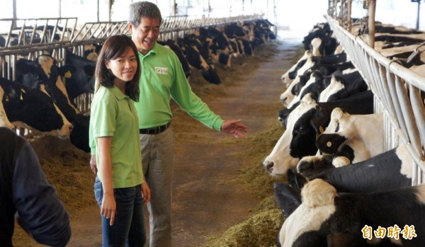 受到民眾抵制行動影響,味全不只營收上受到虧損,一年來更有1/3的酪農不再跟味全簽約。圖與本新聞無關。(資料照,記者陳文嬋攝)