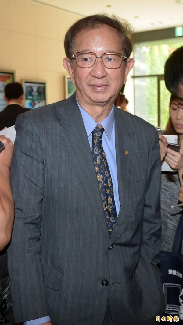 由科技學界發起的「反對開放中資投資台灣IC設計產業」連署行動,今天得到中研院院士李遠哲的參與及支持。(資料照,記者王敏為攝)