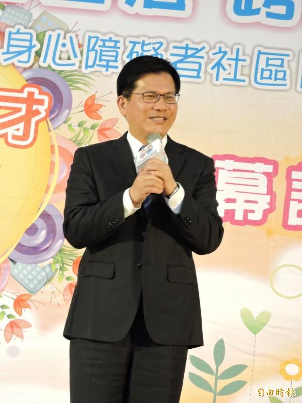 林佳龍說,寒暑作業的是否廢除,應有配套作法(記者蘇金鳳攝)