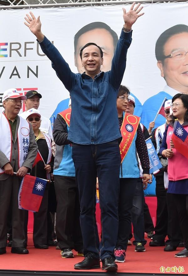 拷秋勤提到國民黨仍有許多支持者,千萬別天真地認為國民黨會就此沒落,提醒選民們在明年1月16日一定要投下自己神聖的一票。(資料照,記者廖振輝攝)