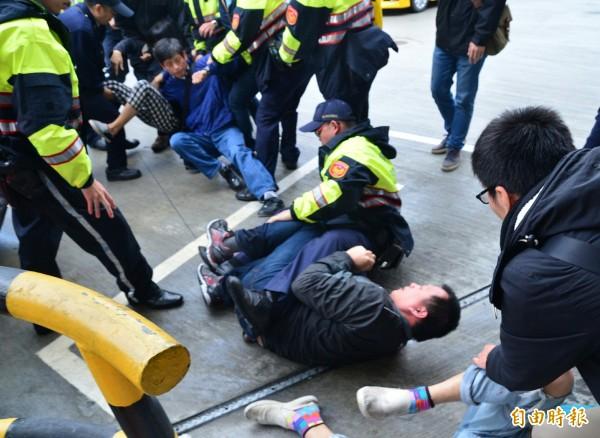 砍掉「臺灣光復節」的 就是國民黨自己