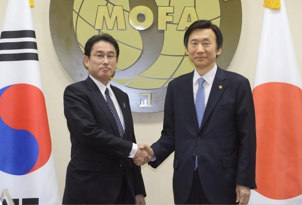 日本與南韓外長今天在首爾舉行會議,對爭議已久的慰安婦議題達成歷史性協議。(歐新社)