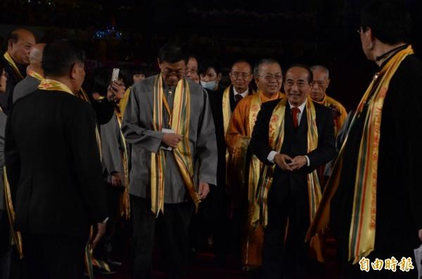 立法院長王金平抵達會場。(記者鄭淑婷攝)