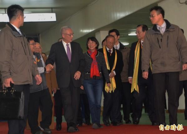 副總統吳敦義、國民黨副總統候選人王如玄抵達會場。(記者鄭淑婷攝)