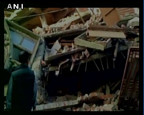 印度東北部在當地時間4日發生芮氏規模6.8的強震。(圖取自推特)