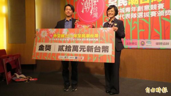 短片「遇見好市」拿下2016全民潮台灣短片金獎。(記者陳鈺馥攝)