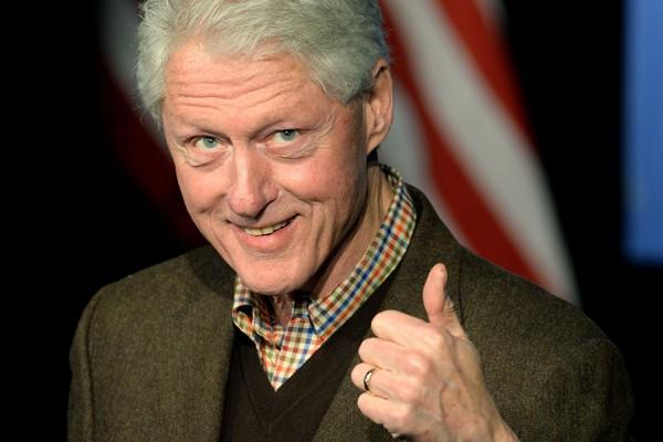 美國前總統柯林頓首次為妻子希拉蕊助選。(法新社)
