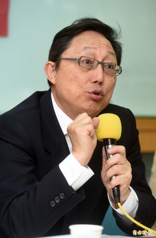 姚立明解釋,「新政治」就是不打藍綠、不打統獨、不打扁維拉,台灣到現在,居然還有人在選舉時會問對手愛不愛國,還以為有人會相信這一招。(資料照,記者簡榮豐攝)