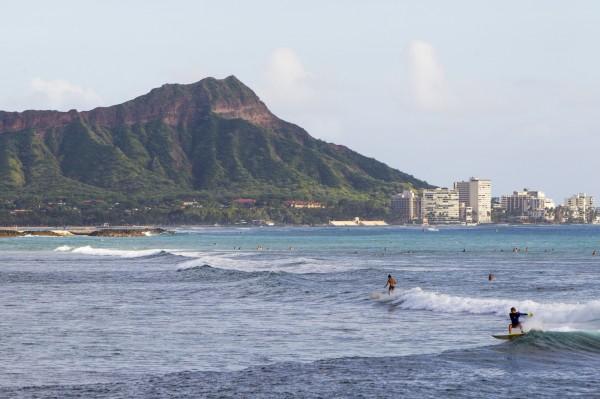 夏威夷驚傳飛機失事意外,兩輛軍用直升機相撞,目前約12人失蹤中。(資料照,美聯社)
