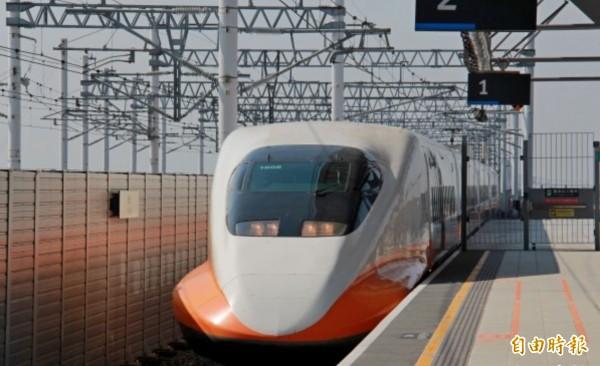 台灣高鐵工會指出,目前已有988名員工簽署春節不加班聲明,若高鐵再不「撤告還錢」,22日將宣布後續行動。(資料照,記者陳冠備攝)