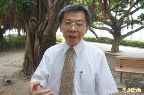 沈富雄批評總統馬英九和未來總統蔡英文,「當英九碰上英文,等於鬧劇加上悲劇,一個固執,一個龜毛。」(記者涂鉅旻攝)
