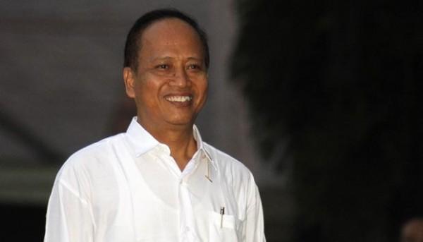 印尼科技、研究及高等教育部長納西爾近日辯稱,同性戀、雙性戀及跨性別者(LGBT)應該被禁止進入大學校園,因為他們會「腐朽國家的道德觀」。(圖取自網路)