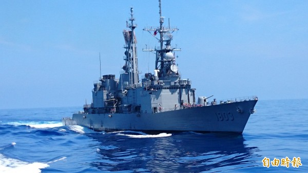 馬英九總統明天將赴太平島視導,軍方啟動陸海空航衛護任務,由紀德級軍艦擔任護航主力。(記者羅添斌攝)