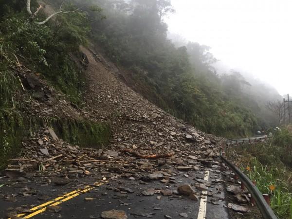 宜專一線三點八公里處發生坍方。(照片由太平山莊提供)