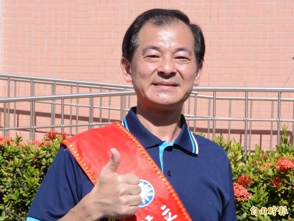 王廷升認為,捐贈競選帆布是「政治介入校園」的一種手法。(資料照,記者游太郎攝)