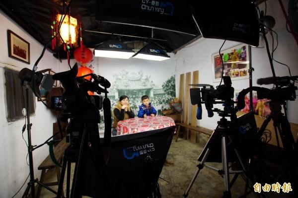 改變信仰模式,白沙屯媽祖網路電視台即將在3月開播,成為全國首家媽祖信仰網路電視台。(記者張勳騰攝)