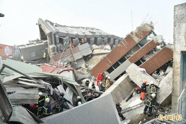 衛生福利部根據中央災防中心統計,共死亡12人、受傷482人、住院103人。(記者張忠義攝)