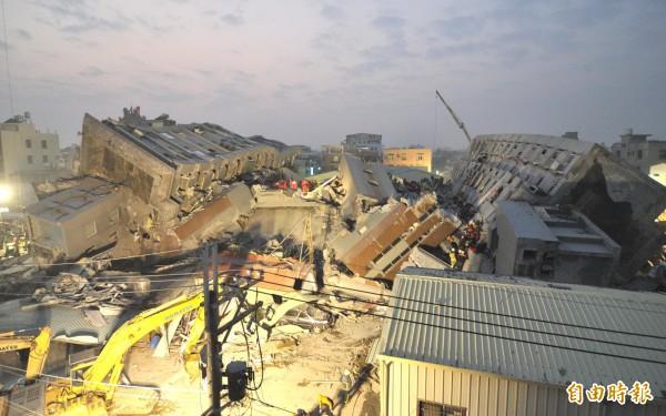 有媒體報導指出,據營建署模擬測試顯示,如果芮氏規模6.4地震發生在台北,恐會造成3、4000棟房屋倒塌的慘劇。(資料照,記者黃志源攝)
