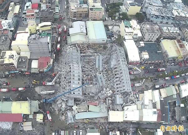 維冠大樓倒塌。(資料照,記者黃志源攝)