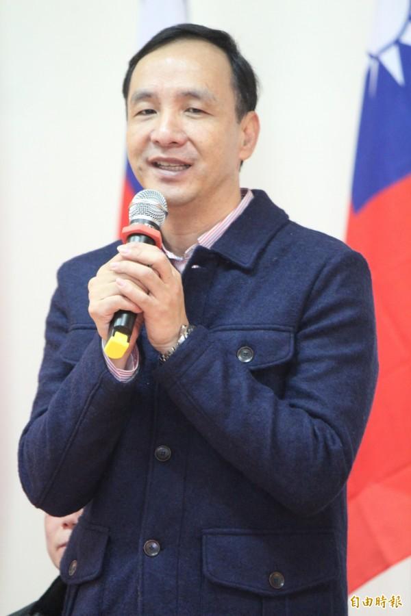 國民黨總統候選人朱立倫今天到新竹縣舉辦感恩茶會。(記者黃美珠攝)