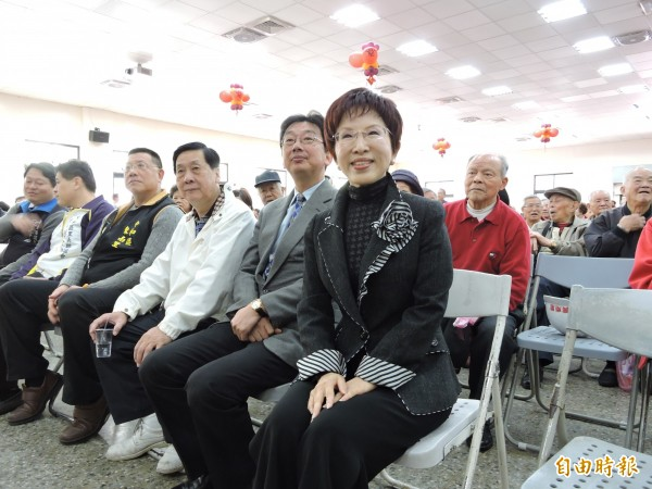 立法院前副院長洪秀柱今天參加中和區黨部新春團拜活動,致詞自嘲自己是老小姐,還說沒人要只好嫁給國民黨。(記者賴筱桐攝)