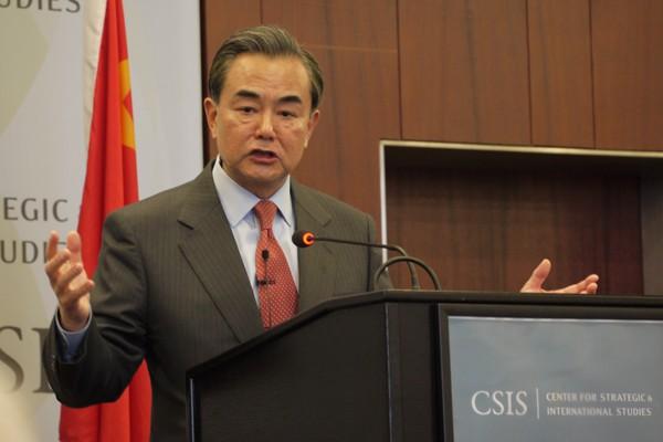 中國外交部長王毅25日在美國CSIS,就未來兩岸關係提出「憲法憲政」說,引發台灣高度關注。(中央社)