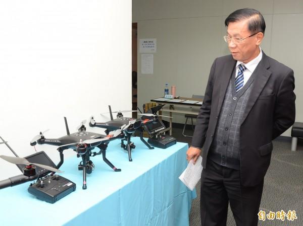 南投縣長林明溱表示,將加強應用空拍機搜尋失蹤登山客。(記者張協昇攝)