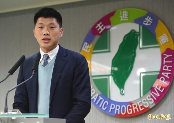 民進黨發言人王閔生表示,綠營的兩岸政策就是蔡英文所主張的「維持現狀」,這不僅符合多數台灣人的主張,也能穩定區域局勢。(資料照,記者張嘉明攝)