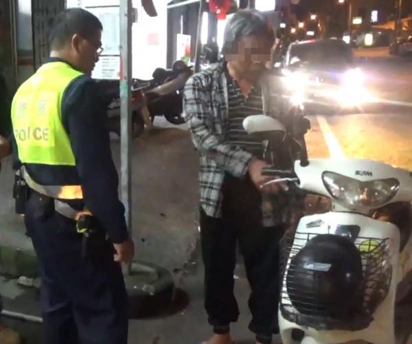 隨機竊車全都錄,蔡嫌被逮還推託酒後騎錯車。(記者陳賢義翻攝)