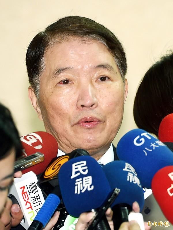 國防部長高廣圻今天說,「國軍若有錯,我們一定要勇於把錯誤改正過來。」(資料照,記者方賓照攝)