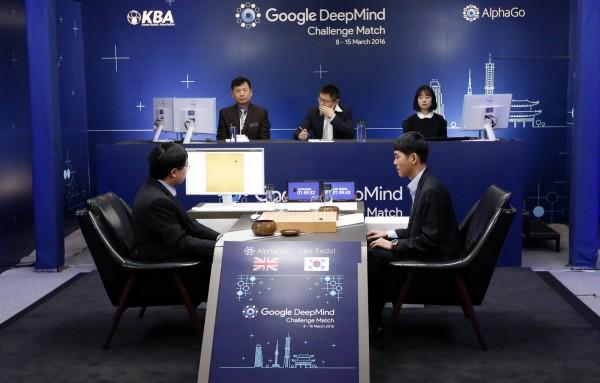 AlphaGo再度擊敗世界棋王李世乭。(美聯社)