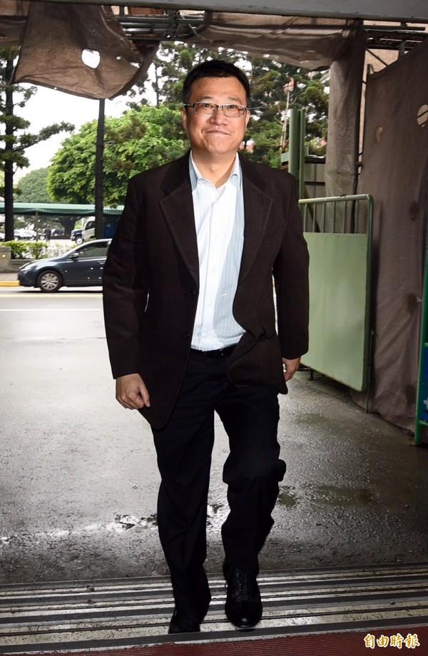 憲兵涉濫權及違法搜索案,台北地檢署第四辦公室16日下午約談國防部保防處少將趙代川。(記者羅沛德攝)