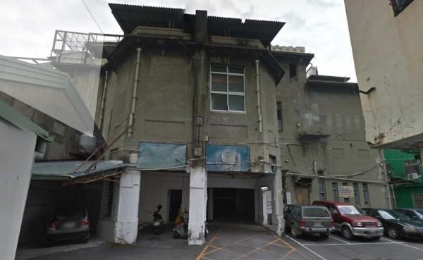 建於1930年代的台中「天外天戲院」由當年地方望族吳子瑜出資興建,但傳出最近恐被拆除。(圖擷自Google Map)