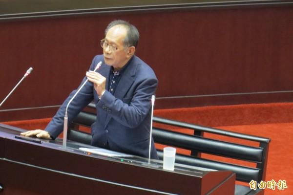 立委陳超明說自己若是甘比亞總統,一定會跟中國建交。(記者陳鈺馥攝)