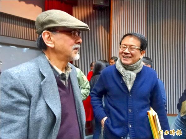 民進黨新潮流系大老洪奇昌(圖右,資料照,記者蘇芳禾攝)