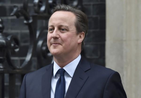 比利時遭遇恐怖攻擊,英國首相卡麥隆表示,英國政府將盡一切努力協助,而他也宣布,將會召開緊急內閣會議。(資料照,路透)