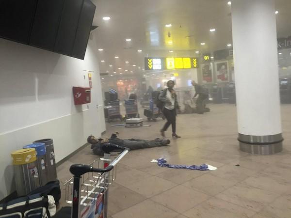 比利時布魯塞爾國際機場及地鐵昨日受到自殺炸彈襲擊,共造成34人死亡、200多人受傷,全球各機場也對此加強安檢,避免憾事重演。(路透)