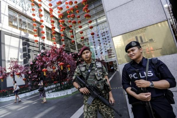 馬來西亞警方24日聲稱逮捕15名打算攻擊大馬的IS成員。(歐新社)