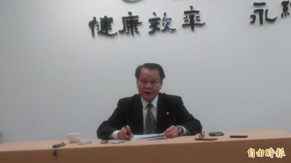 漁業署署長蔡日耀表示,民眾不需要過度恐慌,擔心吃到受汙染的魚品。(記者林彥彤攝)
