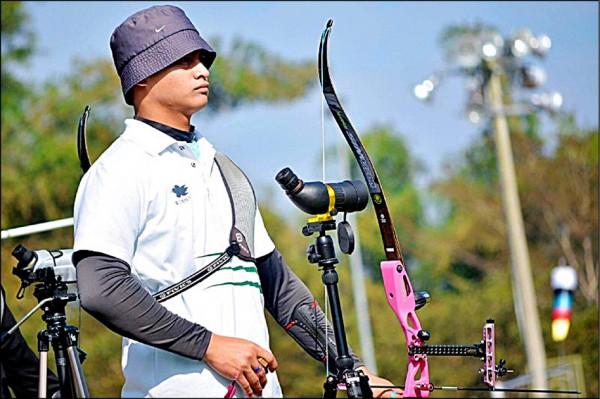 出身於花蓮縣秀林鄉崇光部落的射箭高手高浩文獲選為奧運國手。(世界展望會提供)