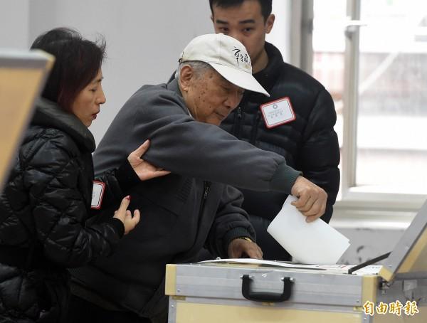 圖為上週國民黨主席補選投票狀況。(資料照,記者廖振輝攝)