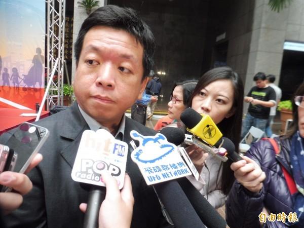 社會局長許立民今受訪時,籲請中央鬆綁《精神衛生法》(記者何世昌攝)
