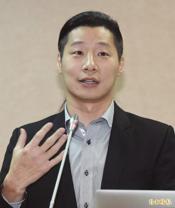 時代力量立委林昶佐,將推動選罷法的修正,深化台灣民主。(資料照,記者廖振輝攝)