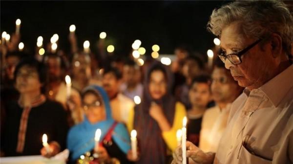 孟加拉有一名法律系學生,因為在社群網站上,發表倡導無神論的言論,慘遭3名男子砍殺致死。(歐新社)