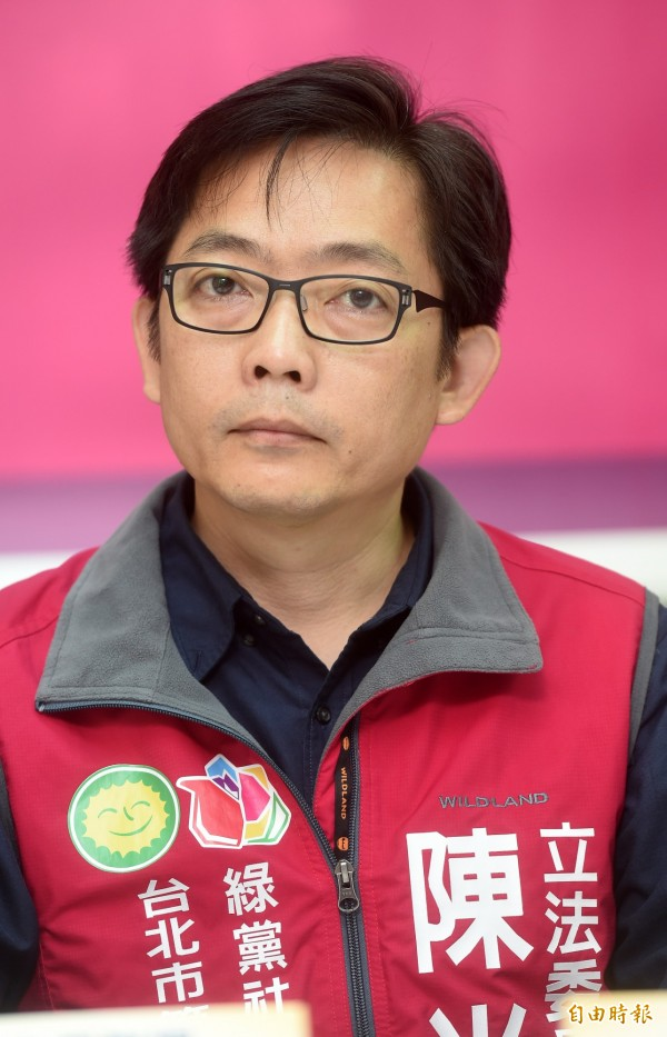 社民黨召集人陳尚志痛批,8名台灣人並非中國國民,中國卻強行把人帶走,這難道不是土匪行徑?(資料照,記者簡榮豐攝)