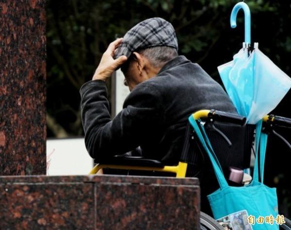 日本高齡化社會來臨,衍生特殊的「下流老人」問題。(資料照)